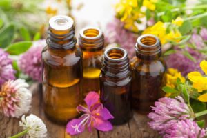 essential oils are used in acupuncture and Chinese medicine