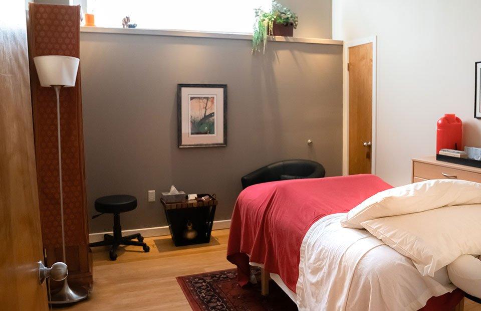 Acupuncture treatment room 2